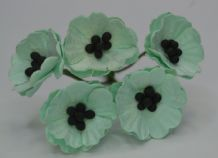 SEAGREEN AQUAMARINE POPPY / PAPAVER (1.8 cm) Mulberry Paper Flowers